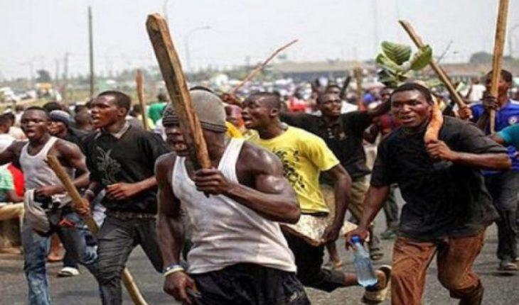 Policeman Lynched To Death By Angry Crowd
